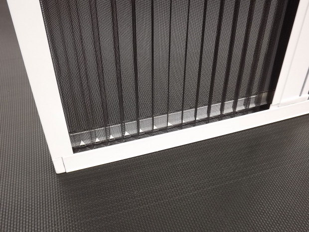 Pleated-flyscreens-004